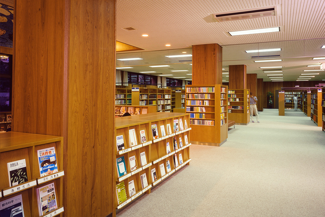 EDUCATION-library_8009839157_o