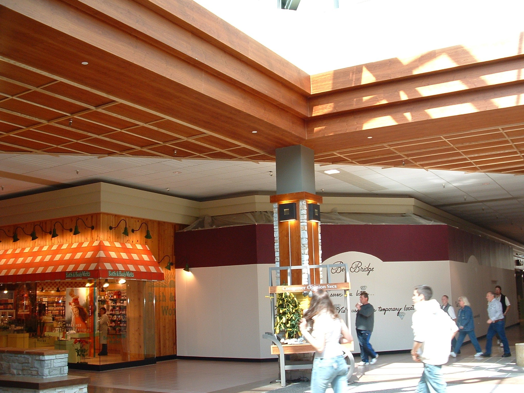 RETAIL - Koa, Br. FC - Shopping Mall Ceiling Area - #2